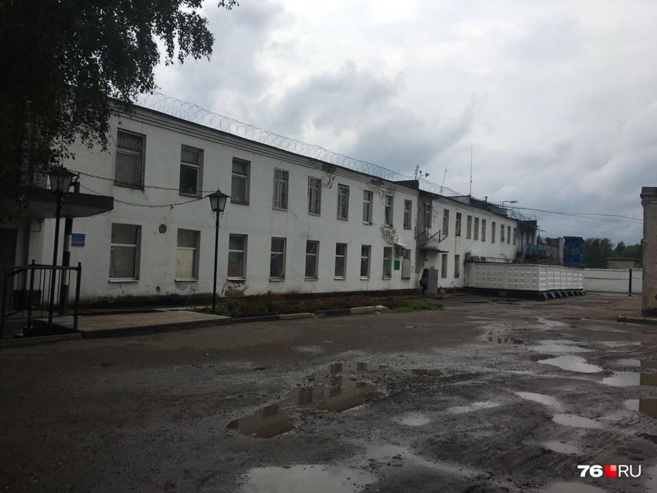 Избитый вярославской ИК-1 Евгений Макаров боится засвою жизнь