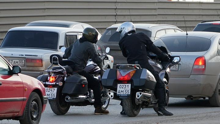 Мотоциклистам запретят ездить по ночам на двух улицах левобережья