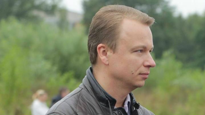 Обвиняемый в мошенничестве на 22 миллиона экс-депутат Сергей Шмелёв предстал перед судом