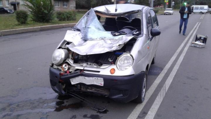 Водитель иномарки насмерть сбил двух пешеходов на трассе в Салавате