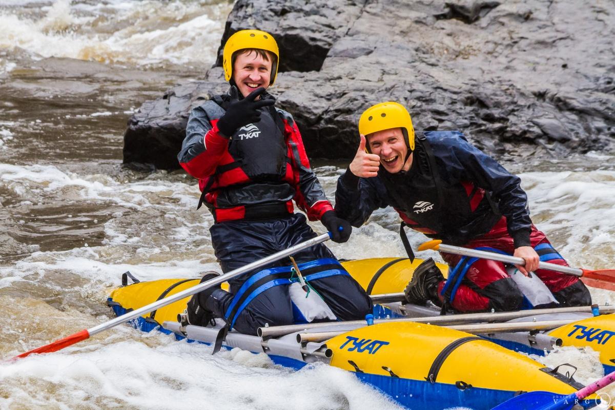 Опытные каякеры говорят, что в воде не так уж и холодно