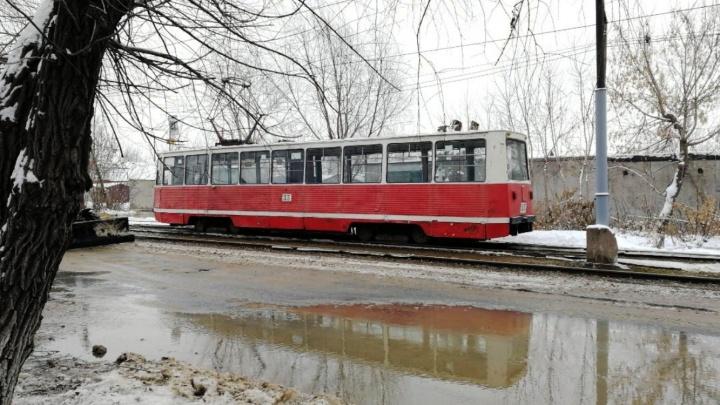 Трамвайный маршрут закроют на день из-за коммунальной аварии на Лермонтова
