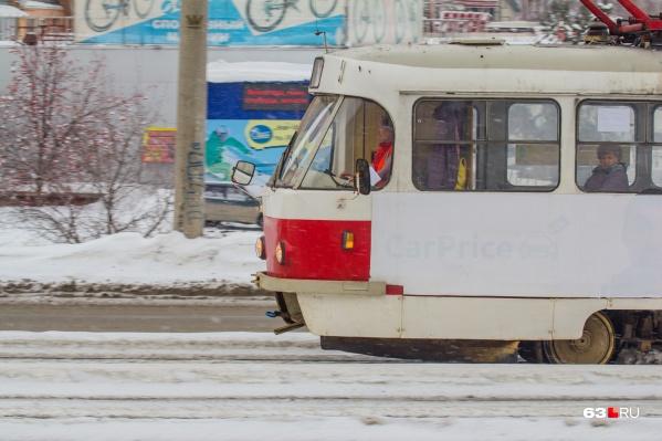 Маршрут трамвая продлили по будням