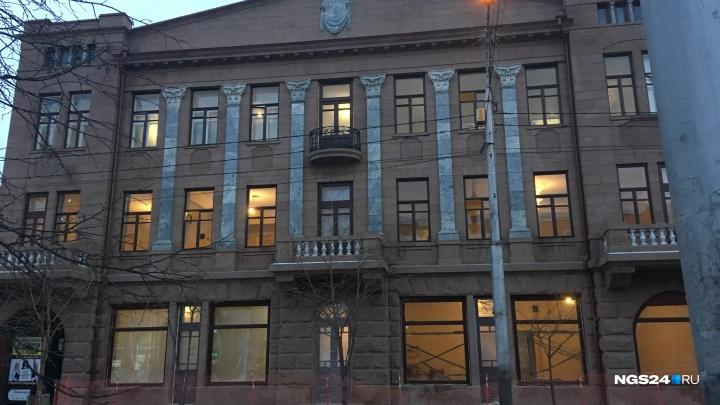 Спустя 6 лет после пожара восстановлено историческое здание театра Пушкина