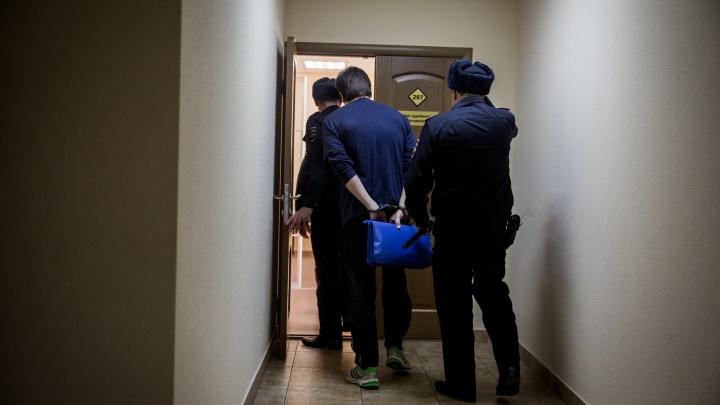 «Есть работёнка»: коммерсант подарил дембелю «Тойоту» за убийство бизнес-партнёра