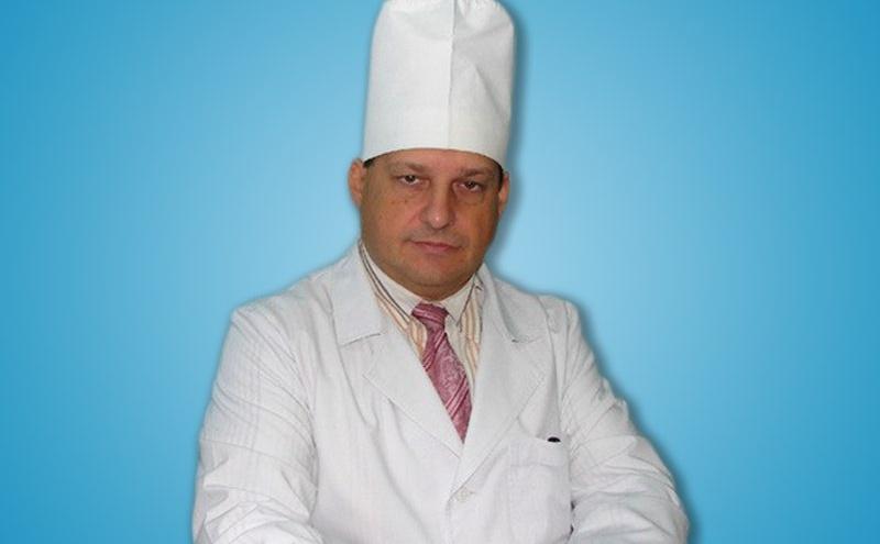 В Омске известный хирург Леонид Резник скончался из-за онкозаболевания