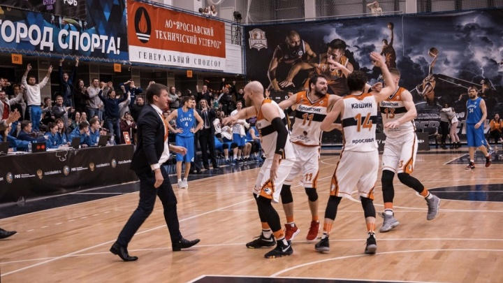 Ярославский «Буревестник» вырвал победу у лидера Суперлиги