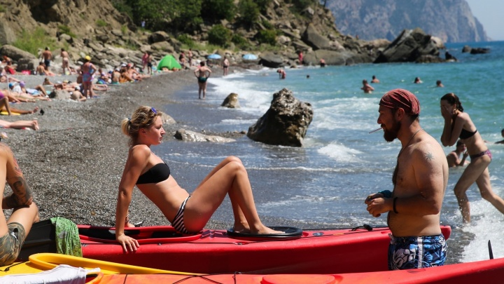 """""""Не нужен нам берег турецкий"""": уральцы рассказали, как изменился отдых в Крыму за два года"""