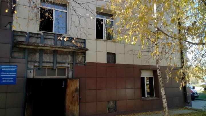 В пригороде Новосибирска загорелась больница