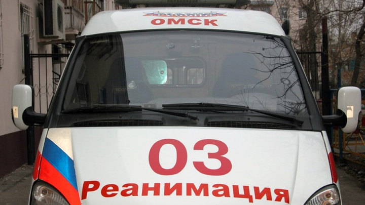 Минздрав решил отстранить от работы медика, отказавшегося принять ребёнка с пробитой головой в Омске