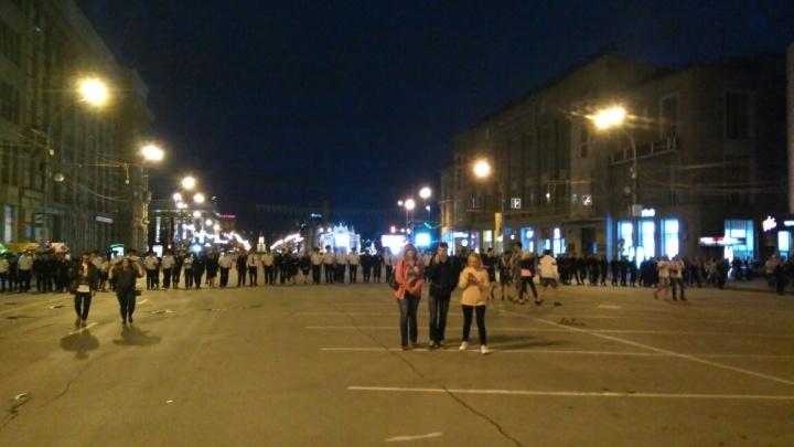 Полиция: «Оцепили площадь Ленина, чтобы людей не подавило»