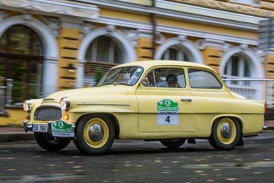 Ровно 60 лет назад модельный рядSKODAпополнился автомобилем со звучным именемOctavia