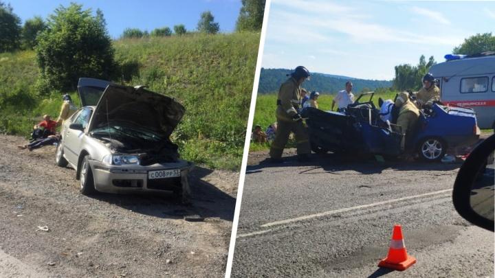 Пять детей и четверо взрослых пострадали в аварии на трассе М-5 в Челябинской области
