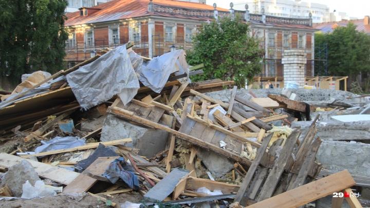 До сих пор в поисках гидроклина: сроки демонтажа часовни на Чумбаровке вновь переносят