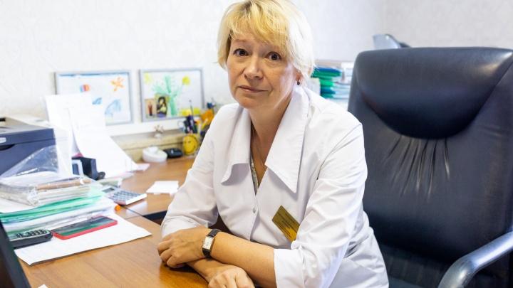 Простуда и грипп подступают: какие лекарства должны быть в аптечке у каждого