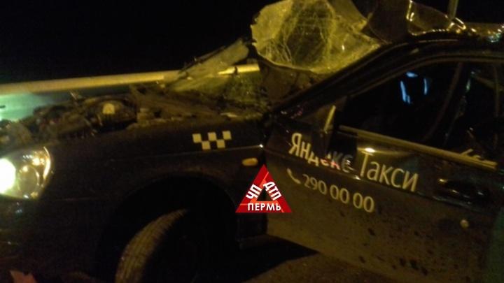 В Прикамье на федеральной трассе погиб водитель «Яндекс. Такси»