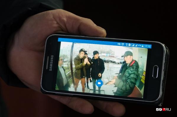 Умный домофон умеет пересылать изображение прямо вам на мобильный телефон