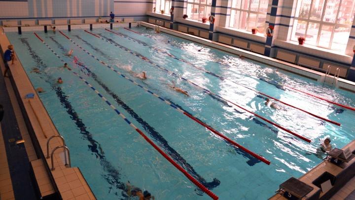 Депутаты попросили заложить в городской бюджет деньги для строительства двух ФОКов с бассейнами на ВИЗе