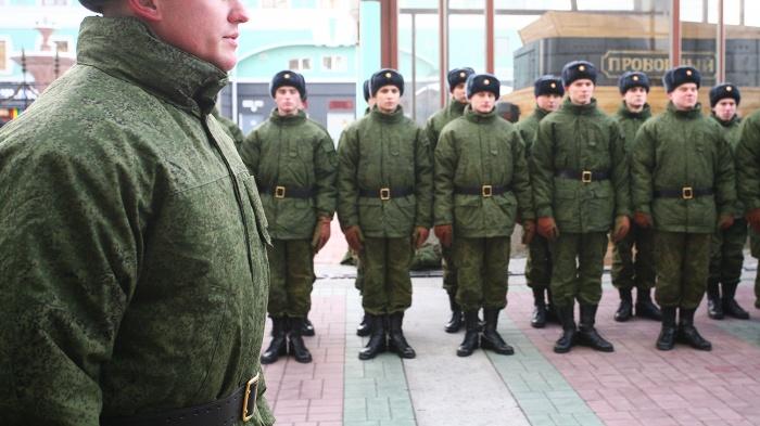 Мать призывника пожаловалась НГС на военных, которые забирают её сына в армию