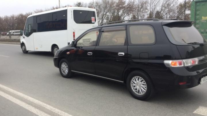 «Я её не увидел»: на Гусинобродском шоссе «Тойота» сбила женщину