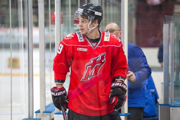 Станислав Бутузов заключил двухлетний контракт с ХК «Сибирь»