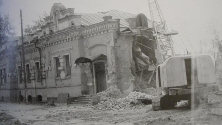 Угадайте, где правда: 10 фактов из истории дома Ипатьева, в котором расстреляли царскую семью