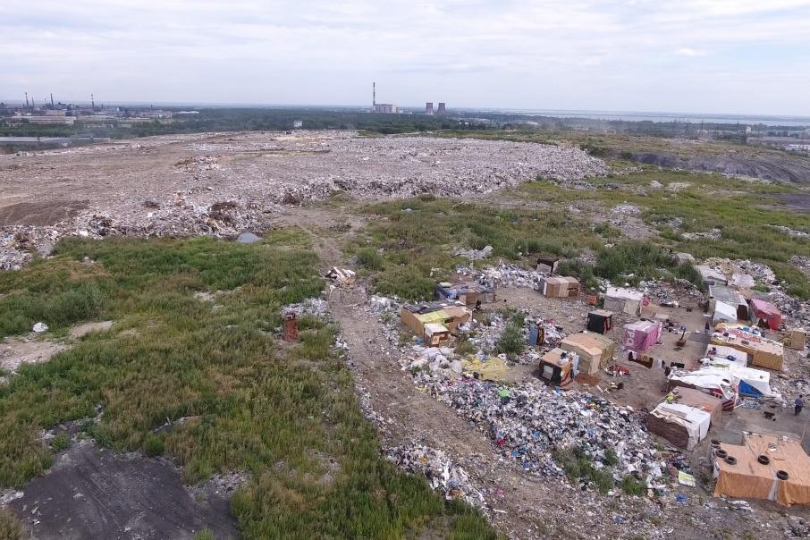 Так выглядит свалка посреди Челябинска, которую безуспешно пытаются закрыть