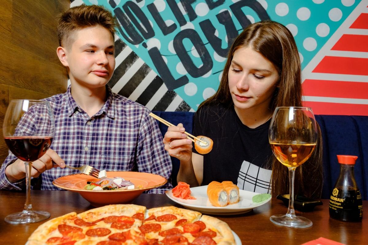 В Екатеринбурге открылся новый ресторан для друзей