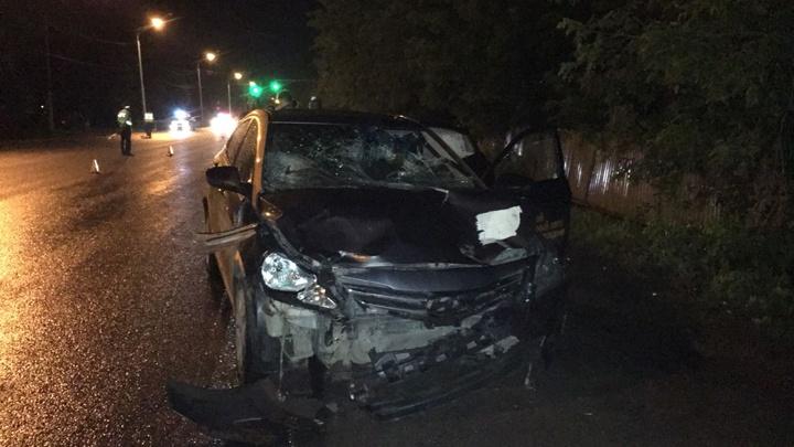 В Уфе водитель иномарки сбил двух пешеходов: один погиб на месте