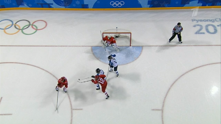 Команда новосибирской хоккеистки забила первую шайбу на Олимпиаде в Пхёнчхане