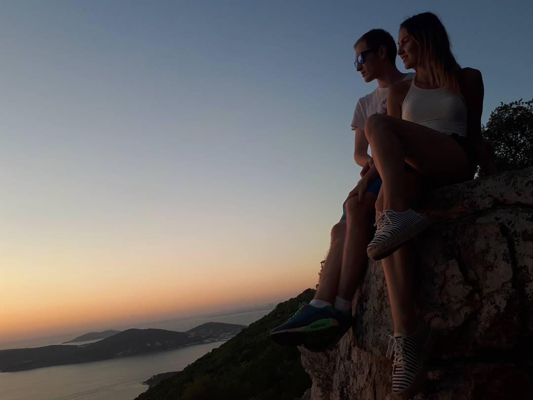 С будущим мужем Юлия познакомилась в летящем к Турции самолете
