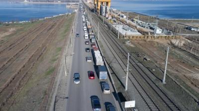 «Мышцы нарастить можно, а скелет — нет»: на ремонт дороги через Волжскую ГЭС нет готового проекта