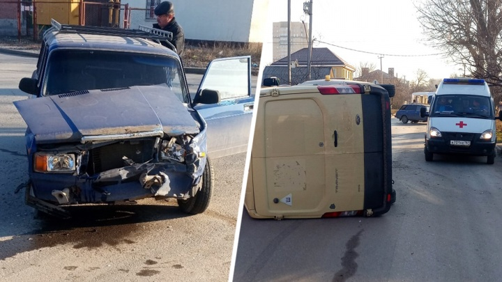 В Ростове в ДТП перевернулась инкассаторская машина
