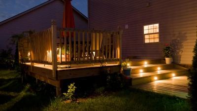 Да будет свет: как с помощью освещения создать на участке дом с картинки