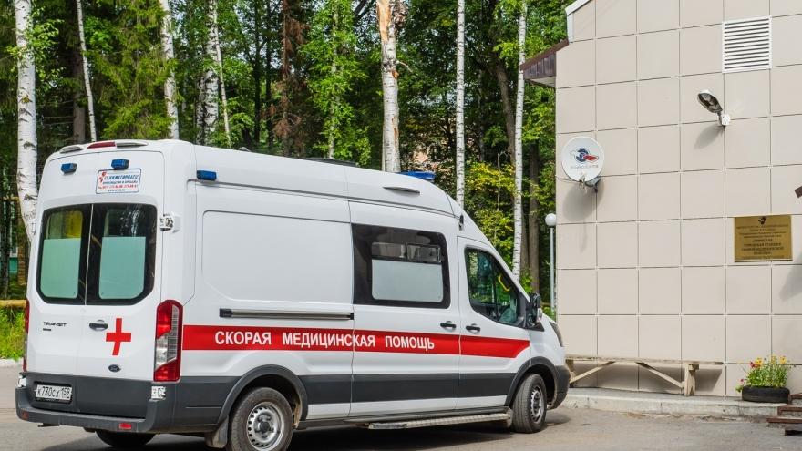 «Сотрудники Минздрава проверили зарплаты и удивились»: водитель скорой — о ситуации в Чайковском