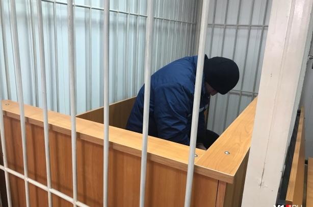 «Тронул за коленку»: суд арестовал волгоградскогомаршрутчика-педофила до 1 мая
