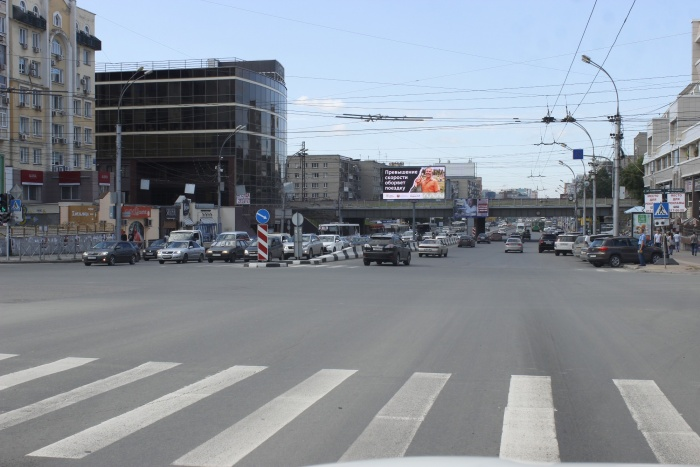 Тормоза Красного проспекта (фото)