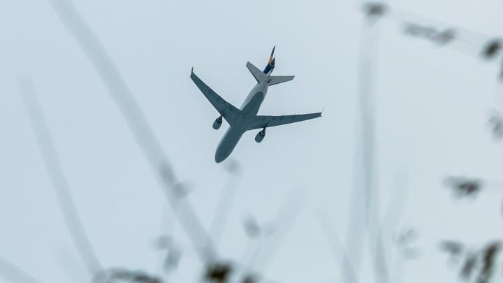 Из-за штормового ветра самолет до Красноярска отправили в Абакан