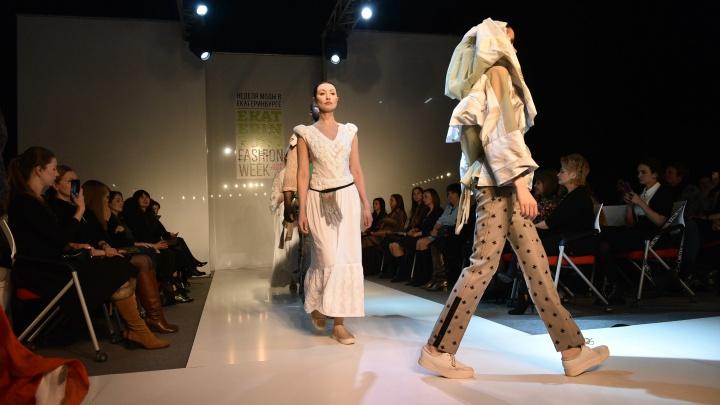 «Мои модели— тряпочки»: дизайнер из Кургана показала свою коллекцию на Неделе моды в Екатеринбурге