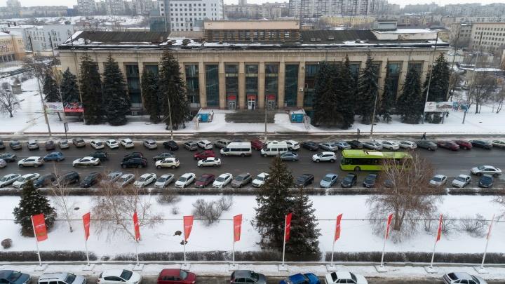 «Заместитель Сергея Шойгу обещал»: в Волгограде Дом офицеров не отдают обладминистрации