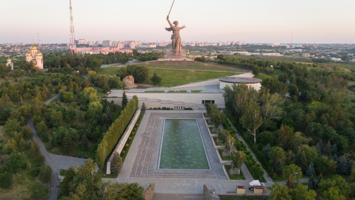 «Даже построим фонтан»: Мамаев курган и панораму «Сталинградская битва» обновят к 80-летию Победы
