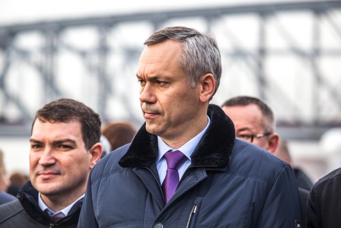 Андрей Травников сказал, что в случае ремонта Октябрьского моста новый мост через Обь должен быть бесплатным