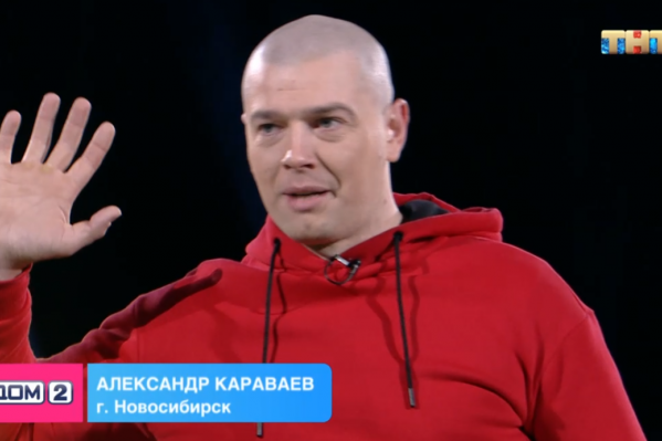 Александр Караваев танцует в метро Новосибирска с 2015 года