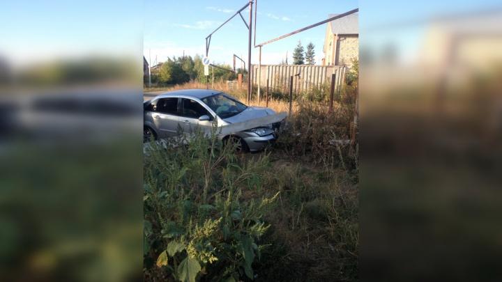 «Он был пьян и вёз детей»: подробности столкновения водителя «Форда» со столбом под Тольятти