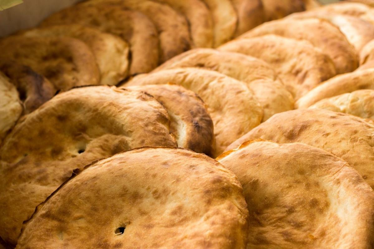 Сочные ребрышки, свиная шея и стейк из дикой чилийской семги: как не остаться голодным на пикнике