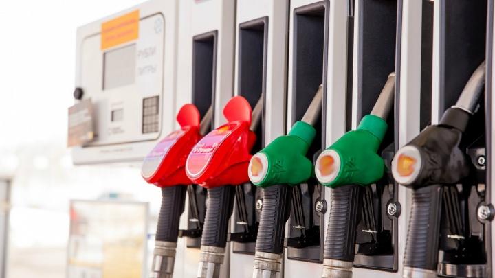 Ярославский автозаправщик рассказал, как будет дорожать бензин в этом году