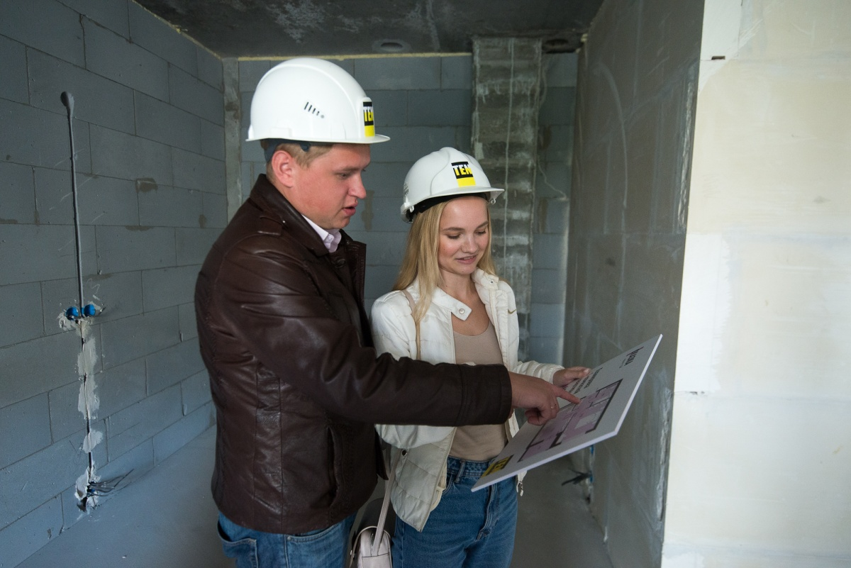 Квартира будет передаваться с отделкой, потому Денис и Инна уже планируют, как расставить мебель