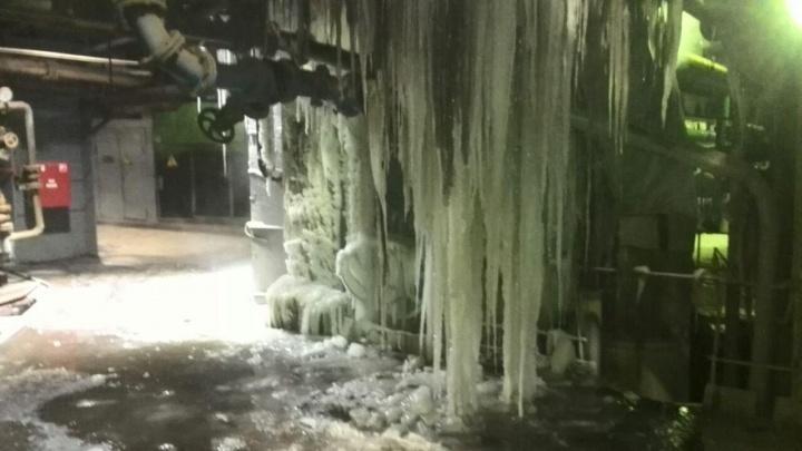 «Снег и температура внутри –27 градусов»: работники показали цех Назаровской ГРЭС