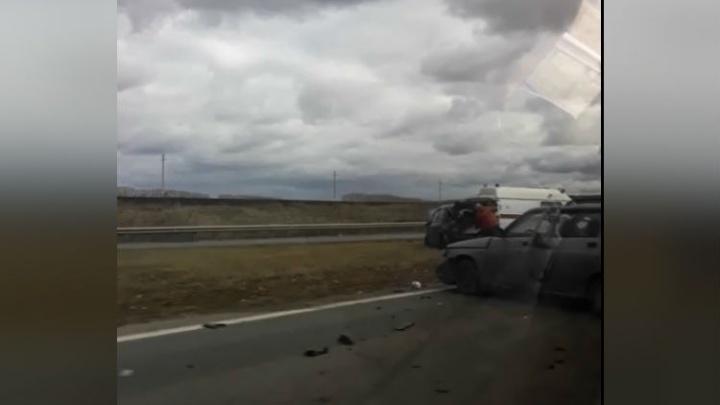Не удержал дорогу: на трассе в Башкирии серьезное ДТП
