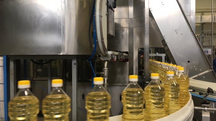 Пять бутылок в секунду: в Самарской области открыли цех по производству подсолнечного масла